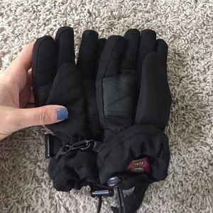 d5465ca5c Hello Kitty Accessories - Child Girls Pink Hello Kitty Winter Snow Gloves